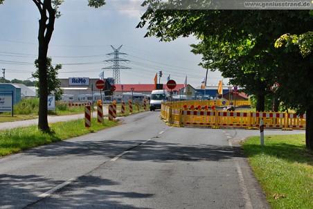 Die Flutstraße als Einbahnstraße
