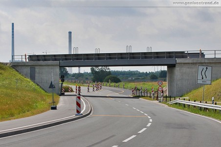 Die Eisenbahnbrücke Am Tiefen Fahrwasser