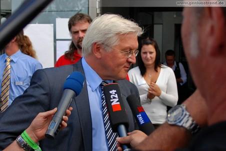 Bundesaußenminister Frank-Walter Steinmeier beim Interview mit NWZ TV