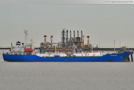 Tanker Snowdon an der WRG-Pier