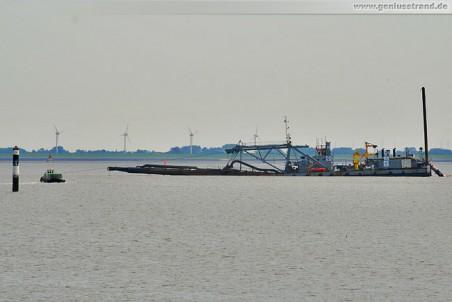 JadeWeserPort Sandabbaufeld Süd: Saugbagger M 28 in Ruheposition