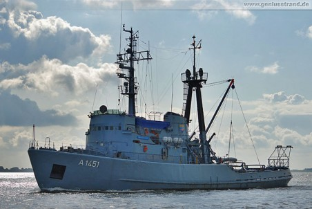Marine-Schlepper Wangerooge (A 1451) aus Wilhelmshaven