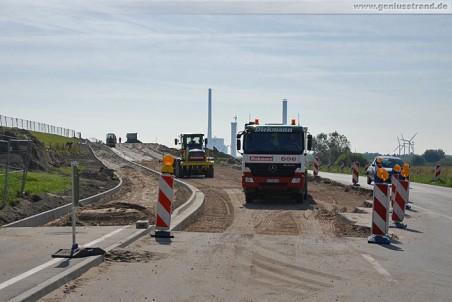 Arbeiten an der Straßenanbindung zum JadeWeserPort