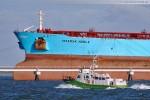 Zollboot Bad Zwischenahn und der Supertanker Maersk Noble