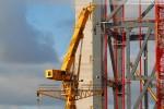 Kraftwerksbaustelle Wilhelmshaven: Fahrzeugkran Grove GTK 1100