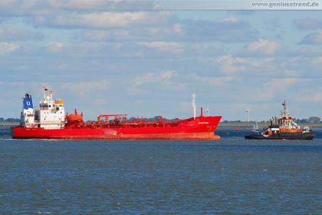 Tanker Nordstraum und Schlepper Bugsier 4
