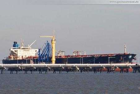 Tanker EBN Batuta am NWO-Anleger 1