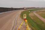 Gleisanbindung JadeWeserPort: Gleisbettarbeiten in Höhe der Eisenbahnbrücke