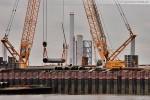 Baustelle JadeWeserPort: Fenderrohre für die Hauptkaje