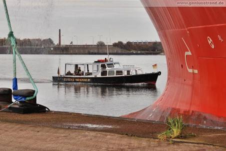 Hafenrundfahrt mit der Motorbarkasse Neptun vom Deutschen Marinemuseum