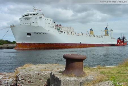 Frachtschiff Thebeland am Südwestkai