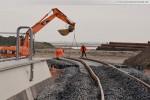 Gleisanbindung JadeWeserPort: Gleisbauarbeiten bereits vor dem Seedeich