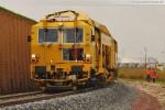 Gleisanbindung JadeWeserPort: Die Gleisstopfmaschine Unimat 09-32/4S