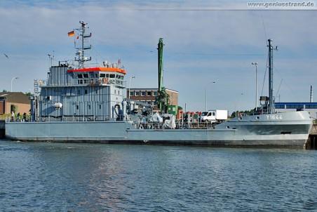 Ölbekämpfungsschiff Eversand (Y 1644) im Neuen Vorhafen