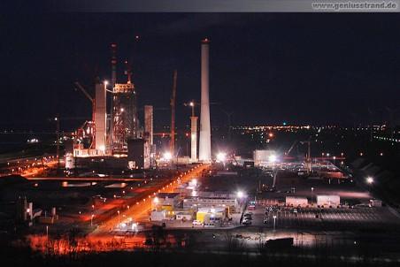 Die Kraftwerks-Großbaustelle der GDF Suez bei Nacht