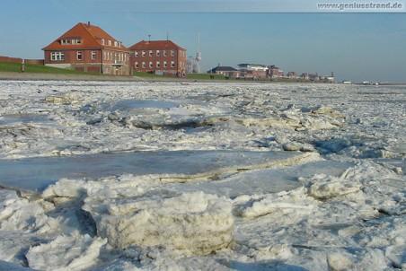 Wilhelmshaven: Eisschollen am Südstrand