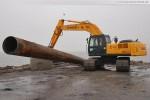 JadeWeserPort: Eine über 100 Meter lange Spülleitung wird zerlegt
