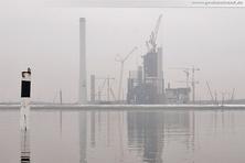 Der GDF Suez Kraftwerksneubau von Seeseite