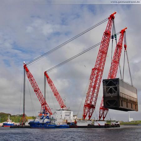 Schwimmkran Rambiz im Nordhafen von Wilhelmshaven