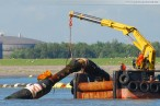 JadeWeserPort: Mehrzweck-Arbeitsboot Coastal Hunter bei der Arbeit