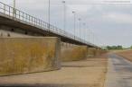 JadeWeserPort: Deichweg zwischen Niedersachsenbrücke und Containerterminal