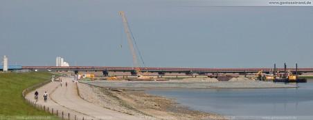 Kraftwerkskühlung GDF Suez: Von hier aus werden die Kühlwasserleitungen unterirdisch durch den Seedeich verlegt