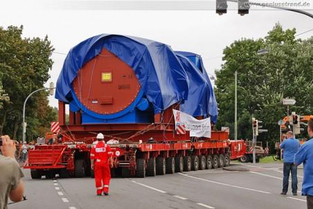 August 2010 - Schwertransport zum GDF Suez Kraftwerksneubau