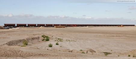Gleisbaustelle JadeWeserPort: 30 Güterwaggons die Schotter für das Gleisbett liefern