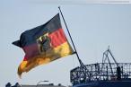 Fregatte Rheinland-Pfalz (F 209) beim Schleife fahren