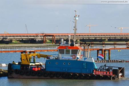 JadeWeserPort: Mehrzweck-Arbeitsschiff Coastal Fighter