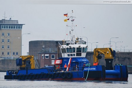 Mehrzweck-Arbeitsschiff Forth Jouster in Wilhelmshaven