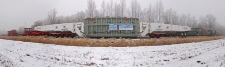 Wilhelmshaven: Der Schwertransporter mit dem Transformator ist an der GDF Suez Baustelle angekommen