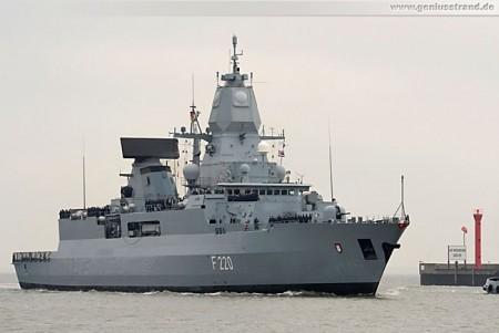 Fregatte Hamburg (F 220) zurück vom Atalanta-Einsatz