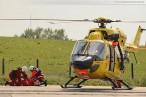 Übung mit Hubschrauber Christoph 26 im Hooksieler Außenhafen