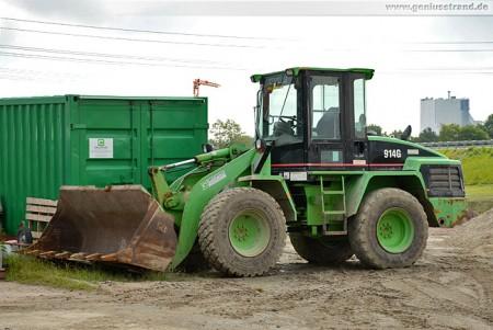 Radlader Caterpillar 914 G in der Sonderfarbe grün