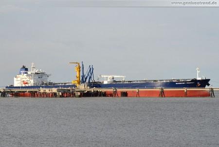 Tanker Suvorovsky Prospect löscht 100.000 t Rohöl an der NWO-Löschbrücke