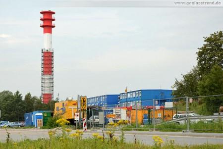 Leuchtturm Oberfeuer Voslapp: Demontage des Gerüsts nach Neuanstrich