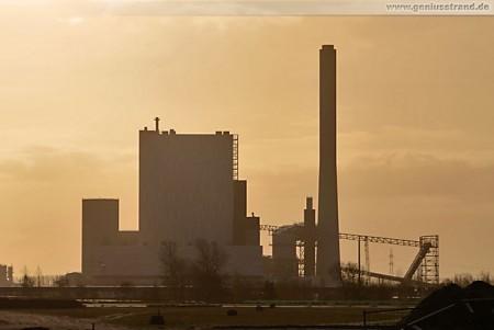 Wilhelmshaven: GDF Suez Kraftwerksneubau aus Norden gesehen