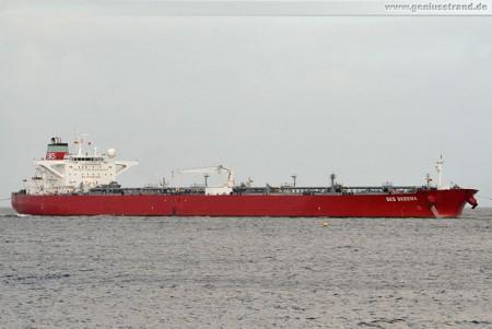 Tanker SKS Skeena löscht 130.000 mt Rohöl in Wilhelmshaven