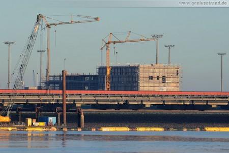 Das Terminal-Gebäude des Container Terminal Wilhelmshaven (CTW)
