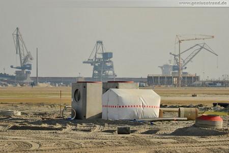 Aktuelle Bilder von der JadeWeserPort Baustelle November 2011