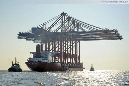 JadeWeserPort: Erste Containerbrücken für den Eurogate CT Wilhelmshaven