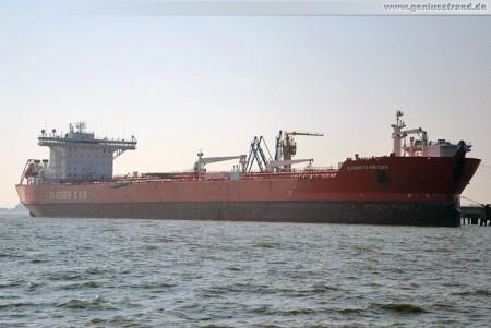 Tanker Elisabeth Knutsen löscht 83.658 t Rohöl an der NWO-Brücke