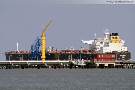 Tanker Naticina löscht 124.469 t Rohöl an der NWO-Brücke