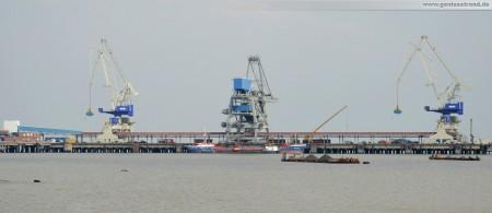 Wilhelmshaven: Wirtschaftsminister Bode weiht Niedersachenbrücke ein