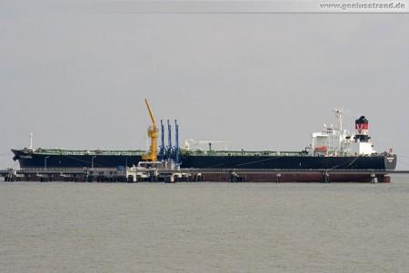Tanker Seatransport an der NWO-Löschbrücke (Anleger 1)
