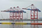 JadeWeserPort: Zweites Containerschiff liegt an der Kaje