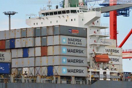 Erstes Maersk Containerschiff am Container Terminal Wilhelmshaven (CTW)