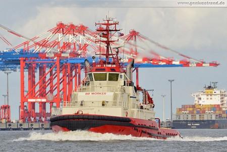 Wilhelmshaven: Schlepper BB Worker auf den Weg in den Innenhafen