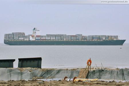 Wilhelmshaven: Containerschiff Maersk Sana auf dem Weg zum JadeWeserPort